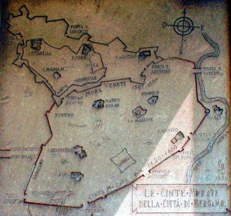 nella mappa (con errori) posta sulla torre del Galgario